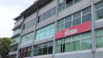 Shop Office 4 Storey Freehold 22x70 Pusat Niaga Velodrom Cheras