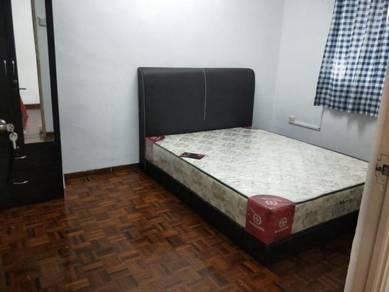 Taman Daya Flat 2bedroom Fully Renovated For Rent