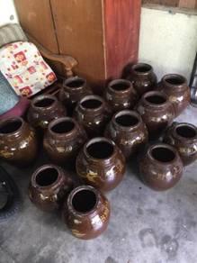 Pasu naga /tempayan naga/ dragon vase