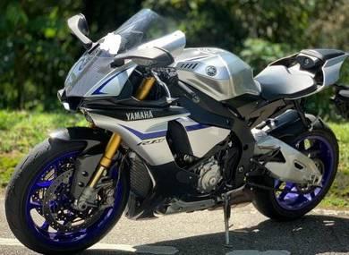 Yamaha R1M R1