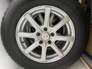 Yokohama 215/65 r 16 sport rim with tire