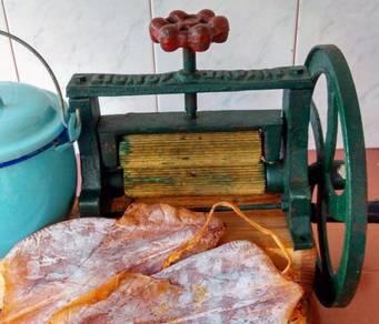 Squid grinder