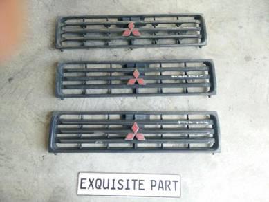 Mitsubishi pajero front grille