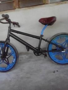 Body basikal untuk dijual