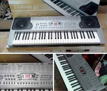 Keyboard T9600i : 128 rhythm