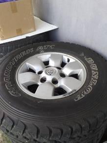 Tayar DUNLOP 4WD