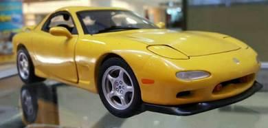 Diecast 1:18 Kyosho Mazda RX-7