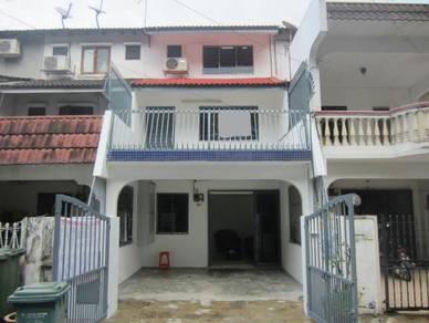 Kepong ( jalan segambut sri sinar ) 3 storey terrace House