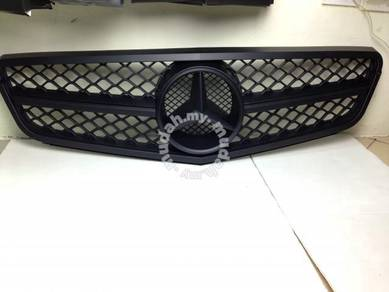 Mercedes C-Class W204 Grill C63 AMG Grille