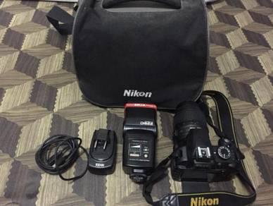 Camera DSLR D3100