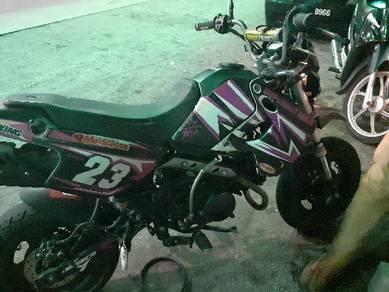 Kawasaki ksr 110 ( 2009 )