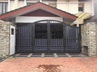 Renovated Double Storey Terrace , Laman Glenmarie Shah Alam Selangor