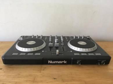 Dj Controller Classic Numark Mixtrack Pro