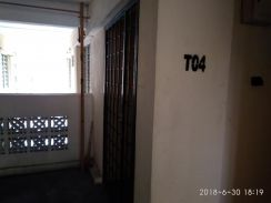 Homestay presint 11 tingkat 4 naik tangga