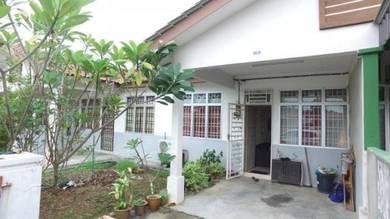 Taman Kemboja SpiceVillage Menghadap Padang Full Loan Mydin SP
