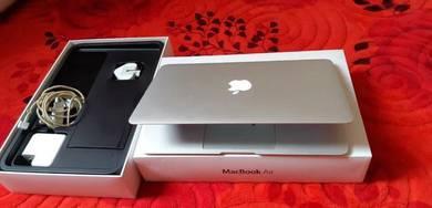 MacBook Air 11inch 2014
