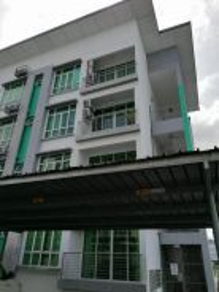 Lembah Shantung Apartment, Penampang- Corner Unit, Ground Floor