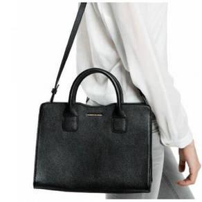 Plain ladies handbag
