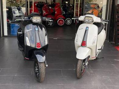 Vespa Sprint 150 ABS i-Get Carbon Limited Edition
