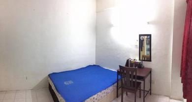 Apartment Desa Palma Room For Rent - BIlik Untuk Disewa