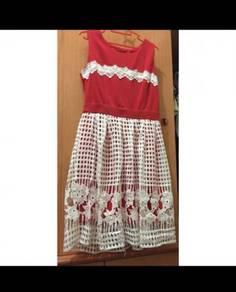 Redwhite Dress