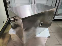 Grease Trap s/stall NEW 20✘12✘12 in