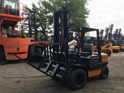 JAPAN Imported TOYOTA 3 ton DIESEL HINGED FORKLIFT