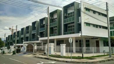 Ujana Fantasi / 3 storey house / corner / Likas / Kota Kinabalu