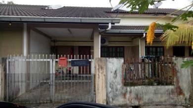 Rumah Teres Satu Tingkat Samarindah Samarahan