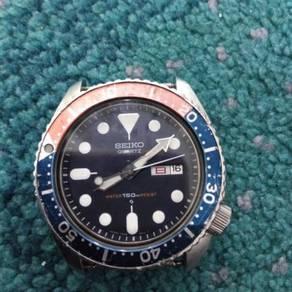 Seiko Diver Quartz 7548