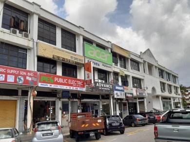 Lim Hoe Lek First Floor Extra Long Office Kuantan