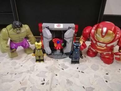 Marvel Avengers Gauntlet Minifigures like Lego