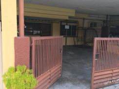 House for rent at batu pahat