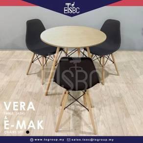 Vera table 80 cm + 3 emak chairs