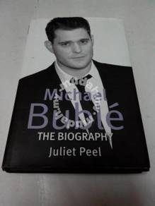 MICHAEL BUBLE - THE BIOGRAPHY BOOK (Hardcover)