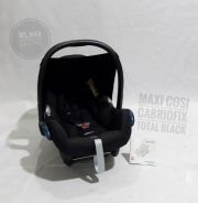 MAXI COSI CABRIOFIX total black )car seat)