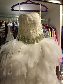 Wedding gown, fatherly wedding gown,