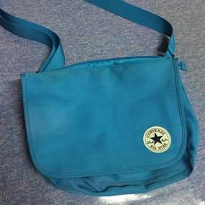 Converse original sling bag