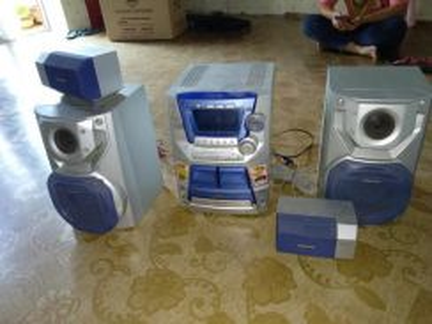 Panasonic CD Stereo System SA-AK122