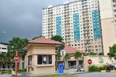 Vista Pinggiran Apartment 815SF Taman Pinggiran Putra [BELOW MARKET]