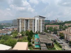 Partly Furnished!! Park Venue Condo (very good condition)