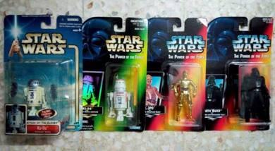 Lot C35A. MOSC Star Wars 3.75