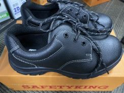 Safety Shoe for sale