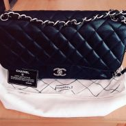Authentic Chanel Caviar Skin Jumbo Double Flap ba