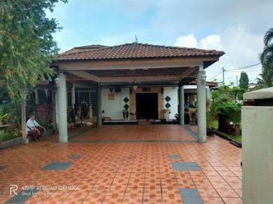Rumah berkembar 1 1/2 tingkat, Fasa 1D2, Seri Manjung, Fully Renovated