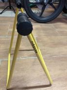 Piranha bicycle stand