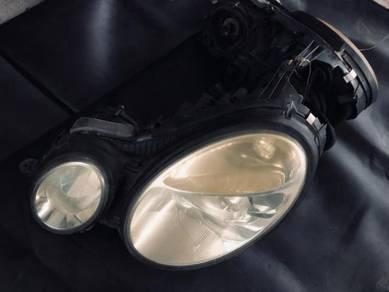 Mercedes E-250 Used headlight