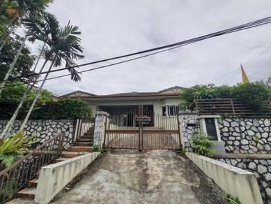 1.5 Storey bungalow at Kampung Tunku, SS1 Petaling Jaya FREEHOLD