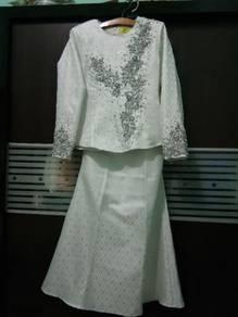 Prelove wedding dress