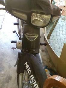Motor kriss110 (rosak) sekung 3-4tahun